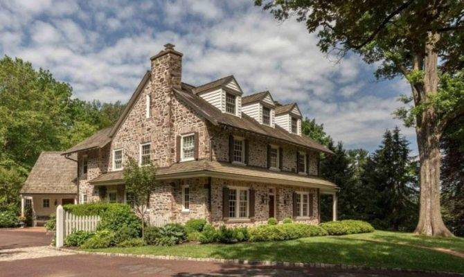 Wow House Century Colonial Farmhouse Plymouth