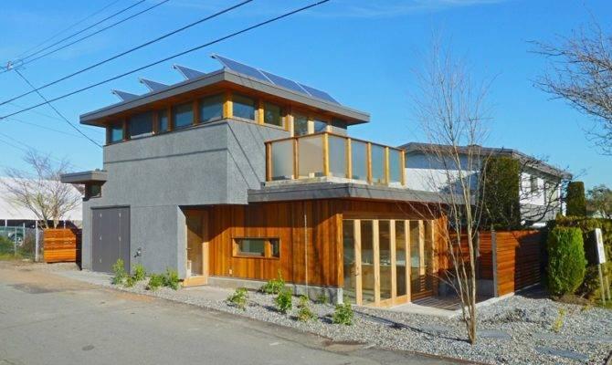 Zero Sips Laneway House Solar
